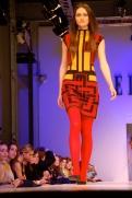 """Szerintem ez is afféle """"60s inspiration"""", olyan hatvanas évek stílusú ruha geometrikus mintákkal / I think this is 60s inspiration with geometric patterns"""