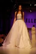 Nekem minden bizonnyal ilyen esküvői ruhám lesz. :))) / This will be my wedding gown. :))))