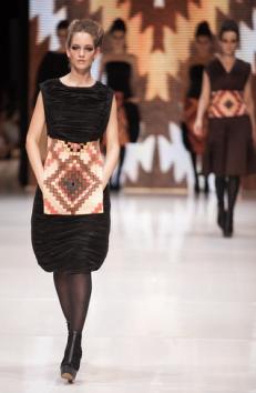 Antal Ágota newcomer tervező egyik outfitje / An outfit from Agota Antal, a newcomer designer